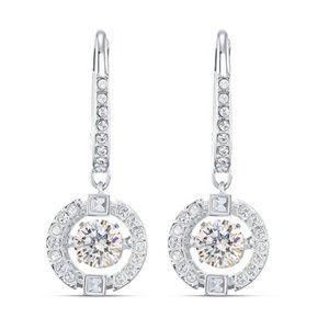 💧SWAROVSKI SPARKLING DANCE earrings